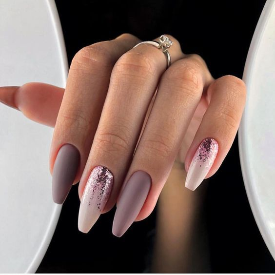Stylish Acrylic Nail Designs for New